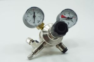 CO2 Druckminderer Nadelventil
